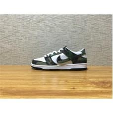dcf458e155b9 Unisex Nike SB Zoom Dunk Low Pro Dunk SB Skate Camouflage Shoe Item NO  854866 331
